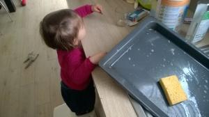 Moment passionnant : la vaisselle!