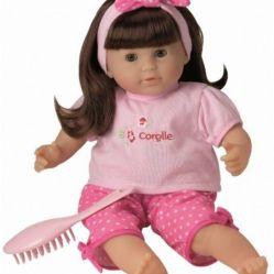 """Une """"vraie"""" poupée à coiffer et à habiller"""